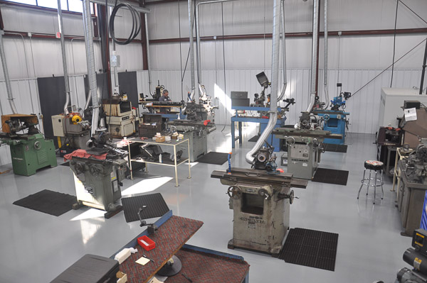 Manual Grinding Department at Integrity Saw and Tool